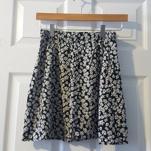XS black white floral print mini skater skirt